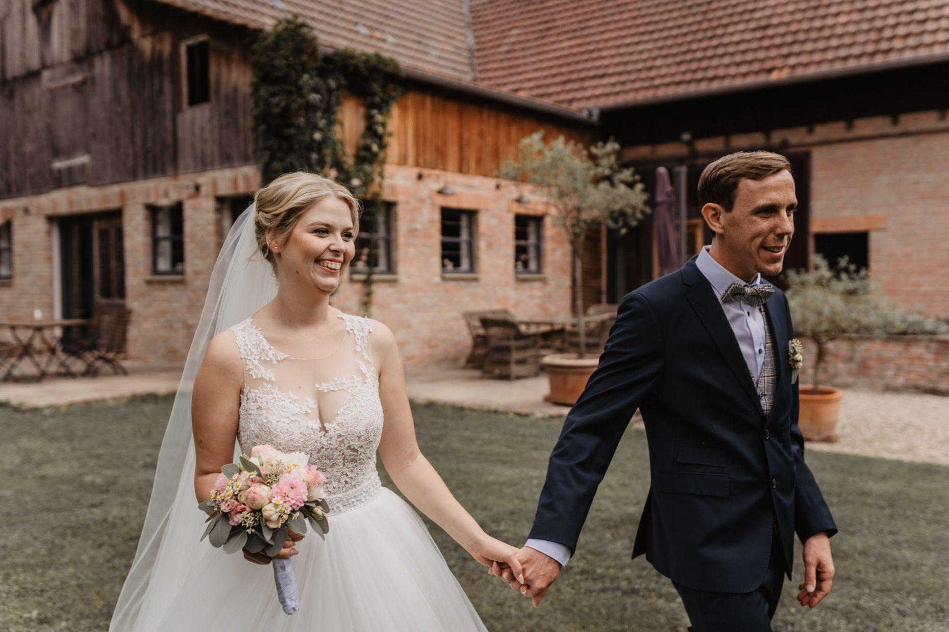 Hochzeitsreportage Heilbronn, natürliche Hochzeitsbilder Heilbronn, Hochzeitsbilder Stuttgart, Hochzeitsfotografin Stuttgart